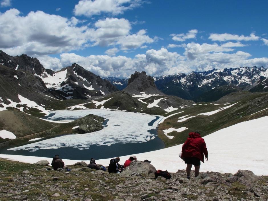 Le lac de l'Oronaye et le Col de Ruberent 2502m