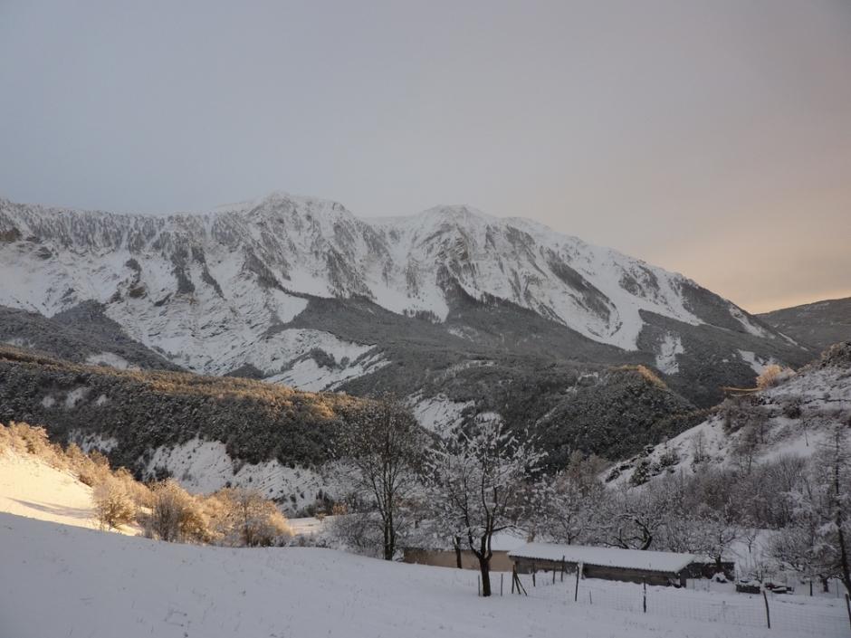 La vallée de la Haute-Bléone en hiver